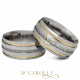 Modelo: Versalhes / Versalhes-1 Largura: 8 mm Espessura: Másc.: 2 mm | Fem.: 3,2 mm Material: Aço inox Acabamento externo: Másc.: Abaulada, polida, 2 frisos com filete de ouro nas laterais, friso com detalhe diamantado no centro.. | Fem.: Abaulada, polida, 2 frisos com filete de ouro nas laterais, e trilho de pedras de zircônia cravadas no centro. Acabamento interno: Anatômica Descrição: Aliança de compromisso ou namoro, exclusiva, produzida em aço inox. A aliança masculina tem acabamento abaulado, polido, 2 frisos com filete de ouro nas laterais e friso com detalhe diamantado no centro. Na feminina, se mantém os frisos e substitui-se o friso diamantado por um trilho com pedras de zircônia cravadas no centro. Excelente durabilidade. Este material não oxida com o tempo como a prata, não demanda manutenção e é altamente resistente a riscos.